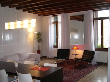 There is a lovely sight of Campo Saint Angelo from deluxe apartments with air conditioner. It has impressive finishing and furniture is merged with Venetian environment. It is designed with equipped k