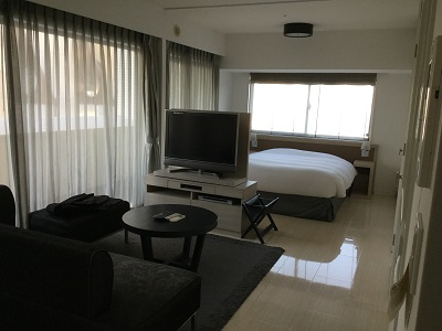 This apartment has 175 units include studio to 2bedroom. Convenient to go to everywhere in Tokyo. Front Desk Concierge Services provide excellent hospitality. We support residents in both work and res