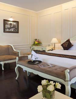 Vietnam has emerged as the next big thing in tourism and business in South East Asia. The apartment hotel provides luxury accommodation right in the heart of the old city of Hanoi. Although it is loca